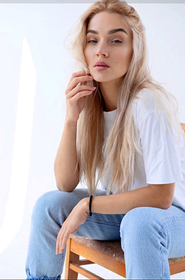 Truth girl Katerina from Kiev (Ukraine), 23 yo, hair color blonde