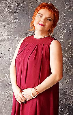 Sensitive woman Aleksandra from Zaporozhye (Ukraine), 54 yo, hair color red-haired