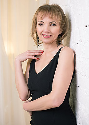 Talented woman Yana from Zaporozhye (Ukraine), 47 yo, hair color red-haired