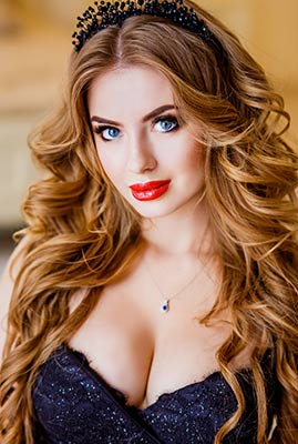 Creative bride Irina from Zaporozhye (Ukraine), 23 yo, hair color blonde