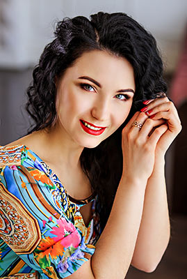 Healthy bride Yuliya from Zaporozhye (Ukraine), 37 yo, hair color brunette