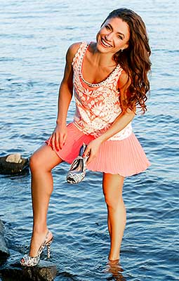 Affectionate lady Marina from Zaporozhye (Ukraine), 42 yo, hair color brown-haired