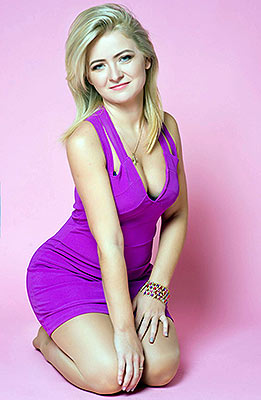 Optimistic woman Oksana from Zaporozhye (Ukraine), 32 yo, hair color dark brown