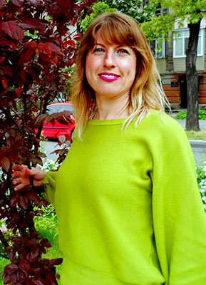Cheerful woman Nataliya from Kiev (Ukraine), 40 yo, hair color brown
