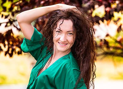 Classy woman Natal'ya from Zaporozhye (Ukraine), 39 yo, hair color brown-haired