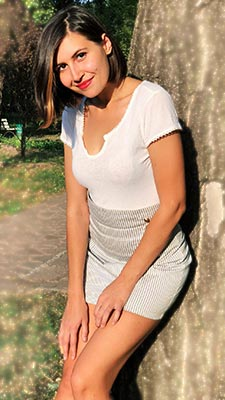 Open bride Katerina from Zaporozhye (Ukraine), 24 yo, hair color brunette