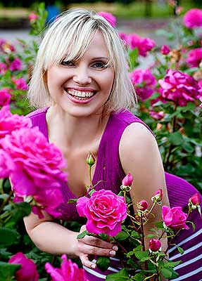 Agreeable woman Alena from Zaporozhye (Ukraine), 44 yo, hair color blonde