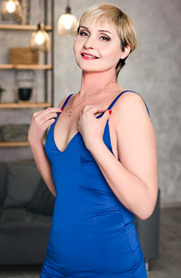 Honest bride Inna from Zaporozhye (Ukraine), 51 yo, hair color blonde