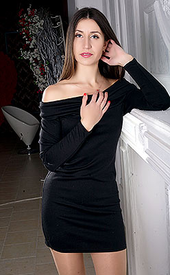 Happy bride Vera from Zaporozhye (Ukraine), 32 yo, hair color brunette