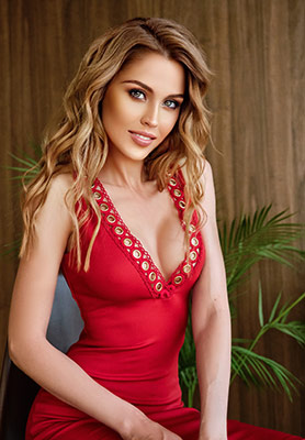 Curious lady Ol'ga from Novosibirsk (Russia), 31 yo, hair color brunette