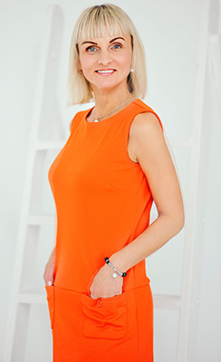 Eneretic lady Irina from Zhitomir (Ukraine), 46 yo, hair color blonde