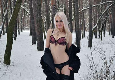 Truthful lady Diana in bikini from Kiev (Ukraine), 24 yo, hair color blonde